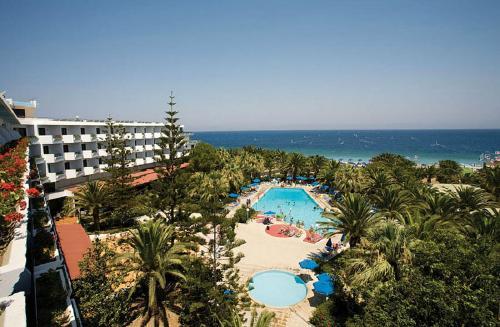Rodas: BLUE HORIZON PALM BEACH HOTEL & BUNGALOWS 4*, gegužės 5, 12, 19, 22 d. skrydžiams, 7n. nuo 446,50 EUR