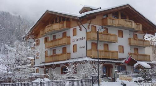 Verona: LA LOCANDA GARNI HOTEL & RESIDENCE (PINZOLO) 3*, vasario 18, 25 d. 7n. nuo 437,00 EUR