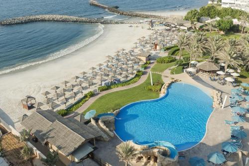 Dubajus: CORAL BEACH RESORT SHARJAH  4*, gruodžio 23 d. skrydžiui, 7 n. nuo 1023,00 EUR