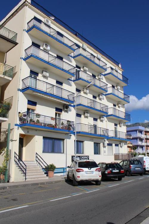 Sicilija: VILLA PAMAR APARTHOTEL (GIARDINI NAXOS) 3*,  2019 m. birželio 5 d. skrydžiui 7 n. nuo 436,00 EUR